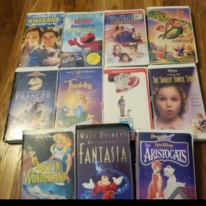DISNEY & CHILDRENS CLASSICS 11 VHS TAPES